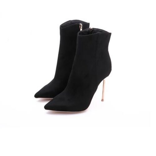 picture of black sexy pointed toe boots with metal high heel from the front right view