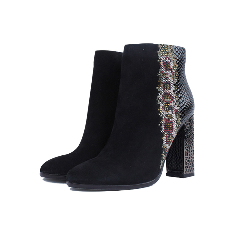 suede short ankle boots with fashion embroidery