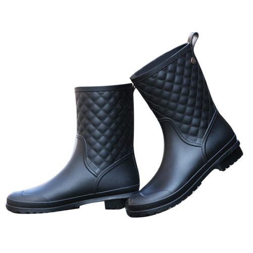 Rubber Waterproof Fashion Flat Rain Boots in black